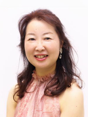 face photo of Ms. Sugimoto