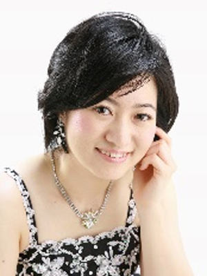 face photo of Ms. Hirano